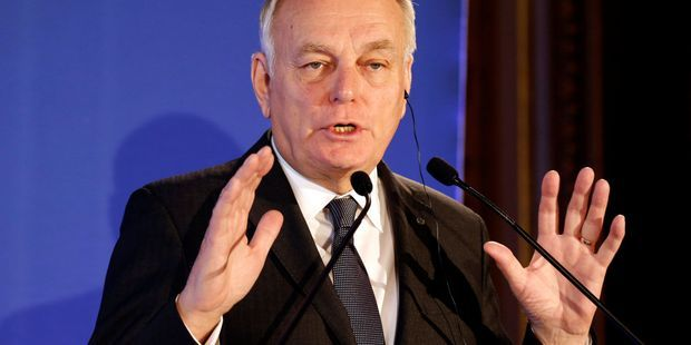 "Ayrault à Trump : ""On ne règle aucune crise internationale sur Twitter"""