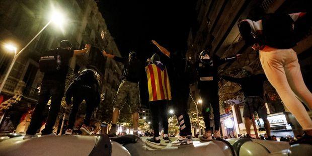 """""""Tsunami democràtic"""" : comment s'organise le groupe derrière des actions coup de poing à Barcelone"""