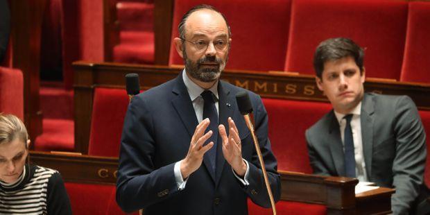 Edouard Philippe a annoncé jeudi que la réunion des conseils municipaux prévue en fin de semaine pour élire les nouveaux maires était finalement reportée.