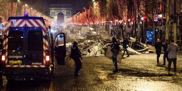 Gilets Jaunes Voici Pourquoi La Manifestation A Paris Samedi Pourrait Mal Se Passer