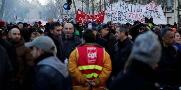 SONDAGE. Malgré le retrait de l'âge pivot, le soutien à la grève reste stable