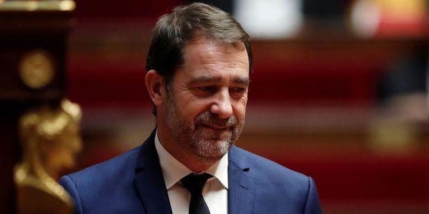 Tuerie à la préfecture : auditionné au Sénat, Christophe Castaner fait une gaffe et dénonce des moqueries