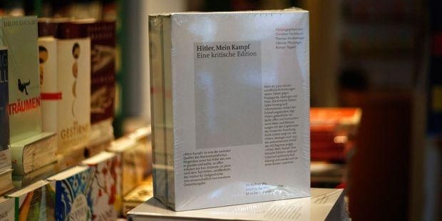 """""""Mein Kampf"""" sera publié en France en 2020. Ici l'édition critique publiée en Allemagne en 2016."""