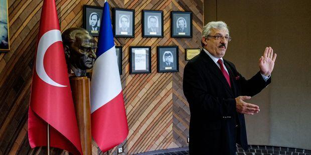 İsmail Hakkı Musa, ambassadeur de Turquie en France, le 29 avril dans l'Orne.