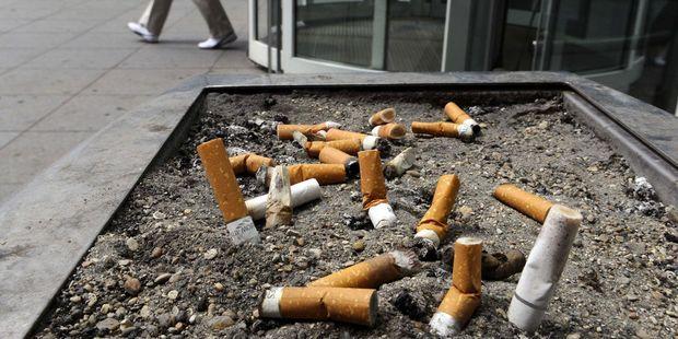 Tabac : un député veut interdire la commercialisation des cigarettes dotées de filtres non recyclables