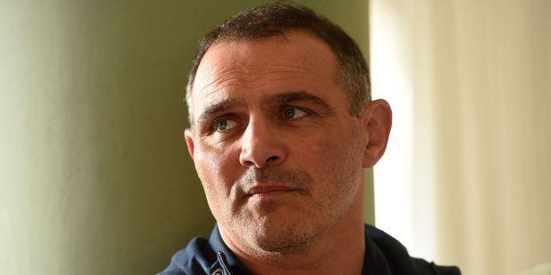 """Raphaël Ibañez, manager général du XV de France : """"Il faut dédramatiser le premier match face à l'Angleterre"""""""