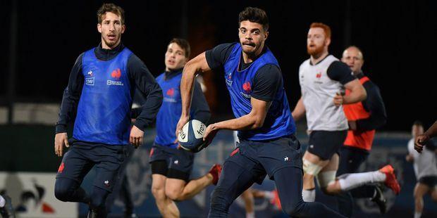 Rugby : l'art de la passe selon Romain Ntamack