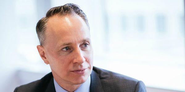 EXCLUSIF. Thomas Buberl, directeur général d'Axa, propose de «créer un régime d'assurance pandémie»