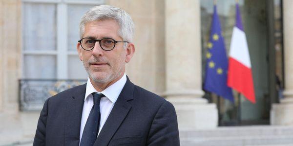 Le président de la Fédération hospitalière de France appelle à la vaccination obligatoire pour tous