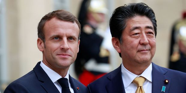 Japon : pourquoi Shinzo Abe courtise-t-il autant Donald Trump et Emmanuel Macron?