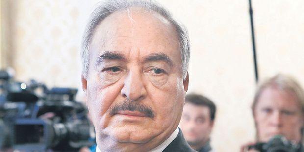 """EXCLUSIF. Le maréchal libyen Khalifa Haftar : """"Nous sommes aux portes de Tripoli et nous continuons d'avancer"""""""