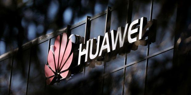 Huawei : le congrès mondial de la téléphonie mobile s'ouvre sur fond de tensions géopolitiques
