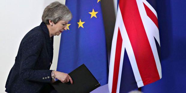 """Résultat de recherche d'images pour """"brexit 12 avril 22 mai"""""""