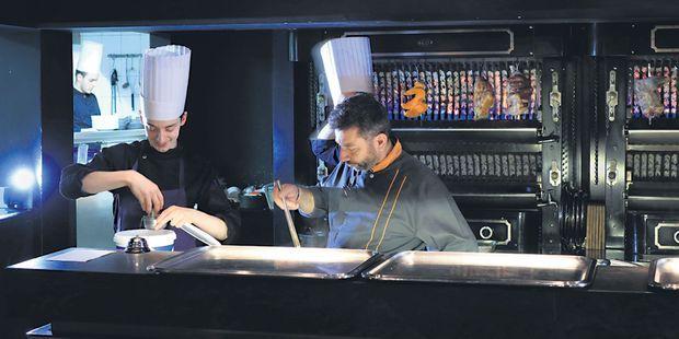 A Paris, le poulet rôti est de retour dans les restaurants