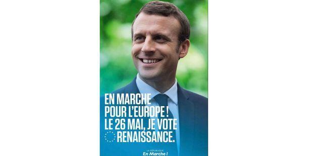 """""""Affichage sauvage"""" des portraits de Macron : en fait, la majorité assure ne rien vouloir faire d'illégal"""