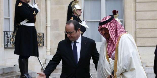 Causette révèle les dessous de l'attribution de la Légion d'Honneur au prince d'Arabie Saoudite