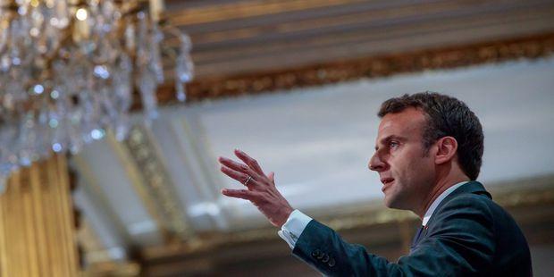 Emmanuel Macron : sous la Ve République, les prises de parole ont eu peu d'impact sur la popularité