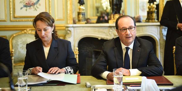 Européennes : François Hollande votera socialiste, Ségolène Royal serait prête à soutenir En Marche