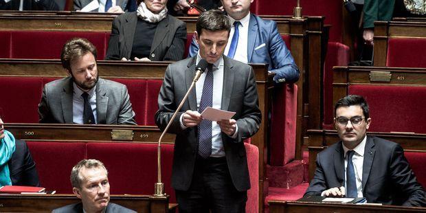 """Le député En Marche Aurélien Taché participe à la """"convention de la droite"""" et ça ne plaît pas à tout le monde"""