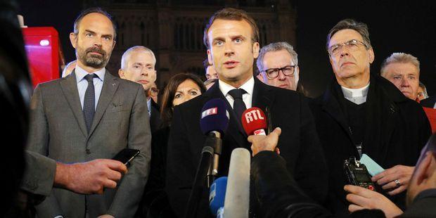 """""""Le rapport de Macron à la religion est un mélange de conviction et d'électoralisme"""""""