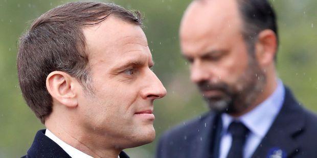 SONDAGE. Macron et Philippe gagnent un point de popularité dans le baromètre du JDD