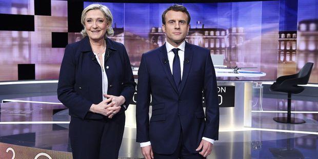 Marine Le Pen et Emmanuel Macron. Si le match se rejouait en plein mouvement des Gilets jaunes, c'est Marine Le Pen qui serait en tête au 1er tour.