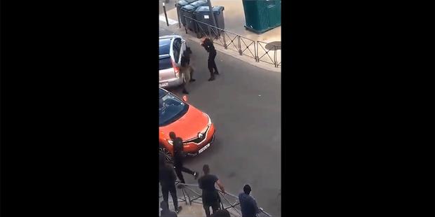 Seine-Saint-Denis : un policier suspendu après une interpellation controversée