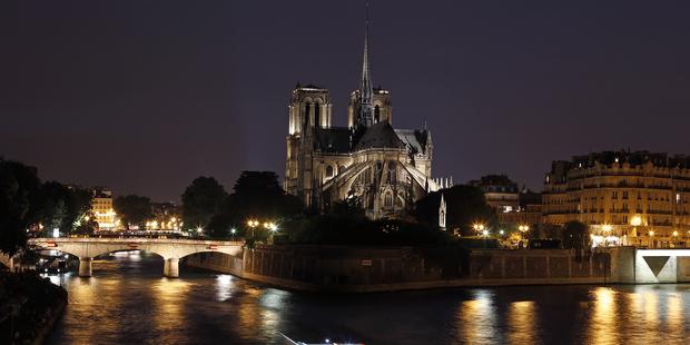 Hugo Piaf Picasso Aragon Quand Notre Dame De Paris Inspire Les