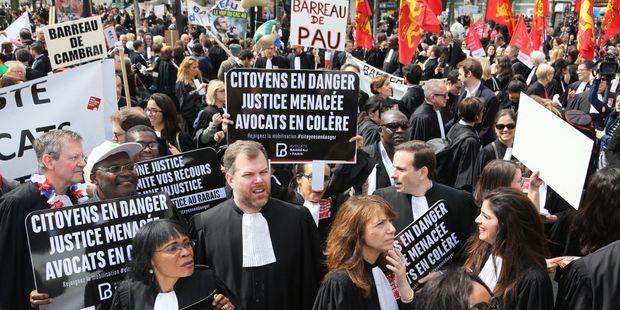 Le Batonnier Des Hauts De Seine Interpelle La Ministre De La Justice