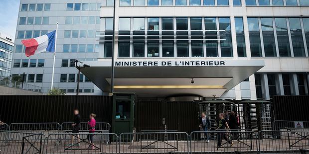 """Un diplomate français mis en examen pour """"terrorisme"""", soupçonné d'appartenir au groupe d'ultradroite AFO"""