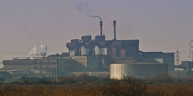 Maxime Combes propose un élargissement de l'assiette de la fiscalité carbone.