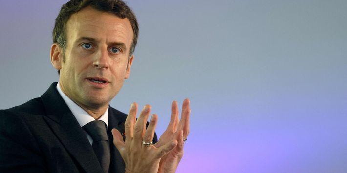 Et si une primaire à l'extrême droite ? - Page 3 EXCLUSIF.-Immigration-terrorisme-colonisation-Les-confidences-de-Macron-en-Afrique